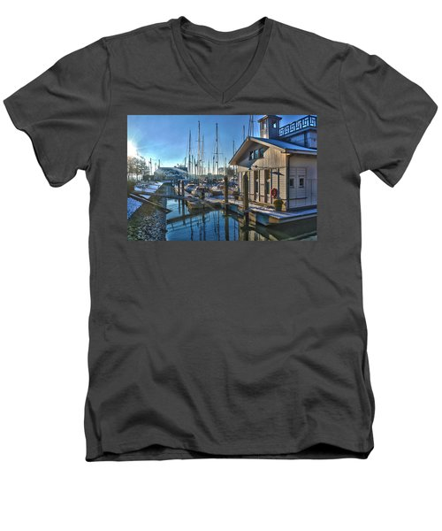 Ferry Harbour In Winter Men's V-Neck T-Shirt