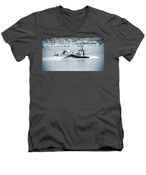 Ferry Men's V-Neck T-Shirt
