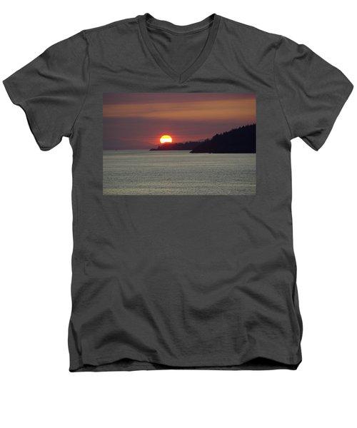 Ferry Sunset Men's V-Neck T-Shirt