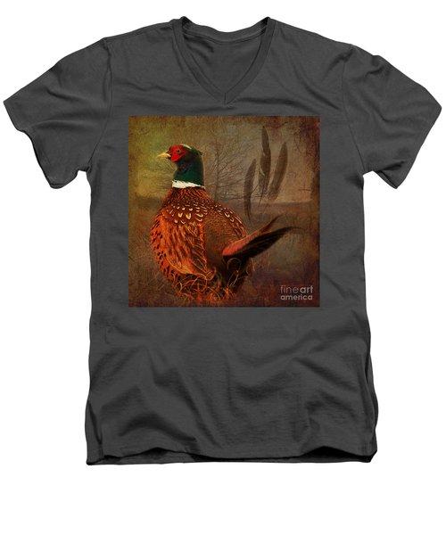 Field Finery 2015 Men's V-Neck T-Shirt