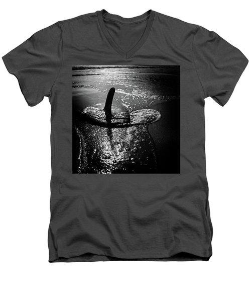 fin Men's V-Neck T-Shirt