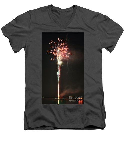 Fireworks On The Lake Men's V-Neck T-Shirt