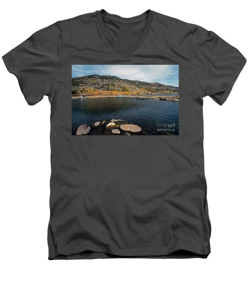 Fish Lake Ut Men's V-Neck T-Shirt