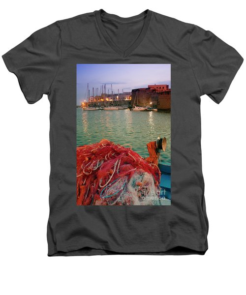Fisherman's Net Men's V-Neck T-Shirt
