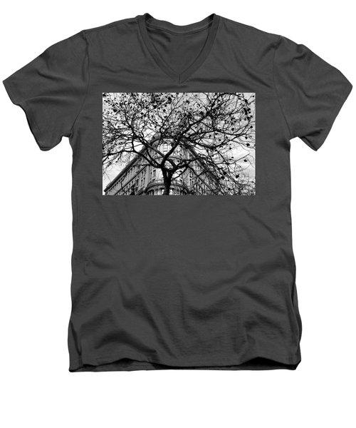 Flood Building - San Francisco - Corner Tree View Black And White Men's V-Neck T-Shirt