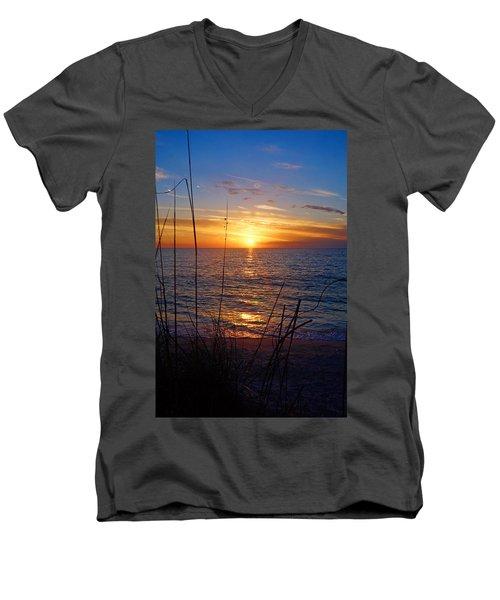 Florida Gulf Coast Sunset Men's V-Neck T-Shirt