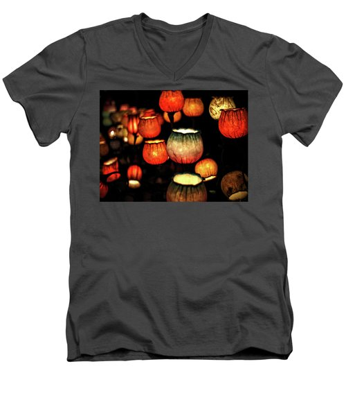 Flower Lamps Men's V-Neck T-Shirt