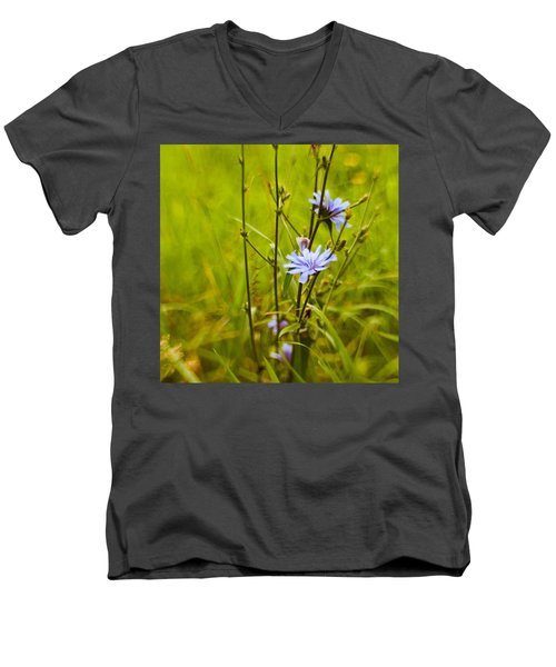 #flowers #lensbaby #composerpro Men's V-Neck T-Shirt