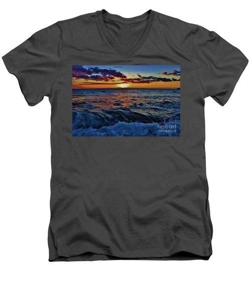 Fluid Sunset Men's V-Neck T-Shirt