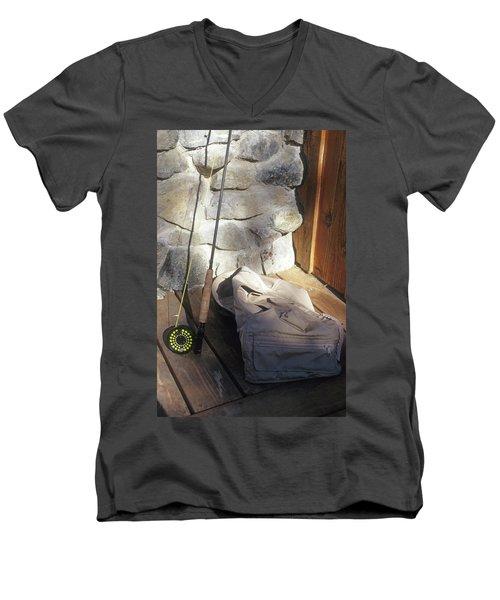 Fly Rod And Vest Men's V-Neck T-Shirt