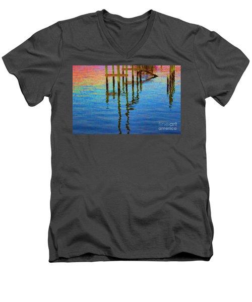 Focus On The Water Men's V-Neck T-Shirt