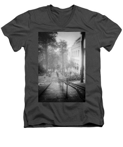 Fog In Montmartre Men's V-Neck T-Shirt