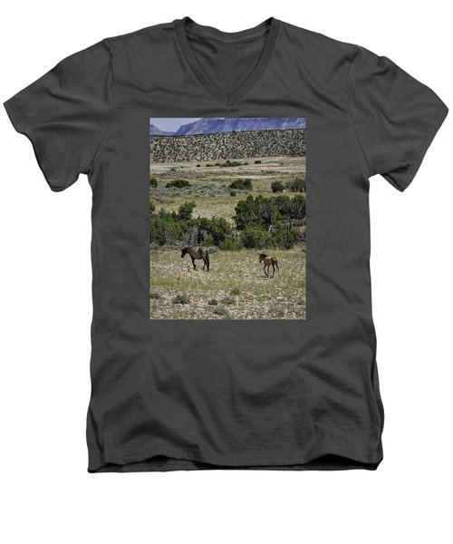 Following Momma Men's V-Neck T-Shirt by Elizabeth Eldridge