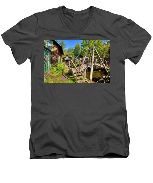 Men's V-Neck T-Shirt featuring the photograph Footbridge At Palmer Point by David Patterson