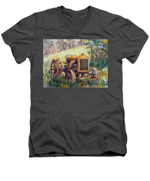 Fordson Tractor Men's V-Neck T-Shirt