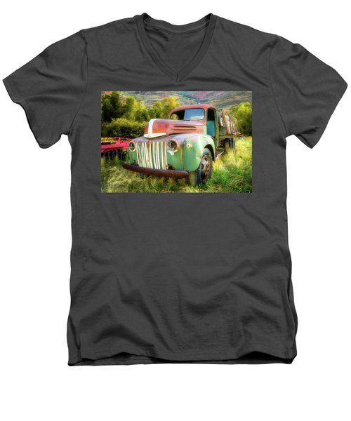 Forgotten - 1945 Ford Farm Truck Men's V-Neck T-Shirt