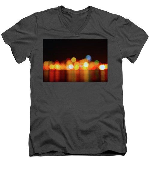 Form Alki - Unfocused Men's V-Neck T-Shirt