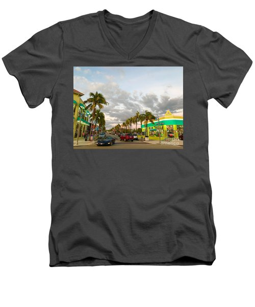 Fort Meyers, Florida Men's V-Neck T-Shirt