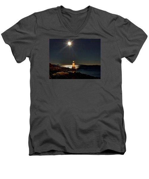 Fort Pickering Light 283 Men's V-Neck T-Shirt