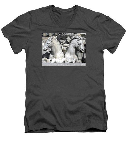 Fountain Of Neptune Florence Men's V-Neck T-Shirt by Lisa Boyd