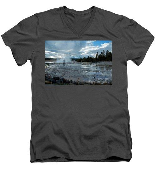 Fountain Paint Pot Area Men's V-Neck T-Shirt