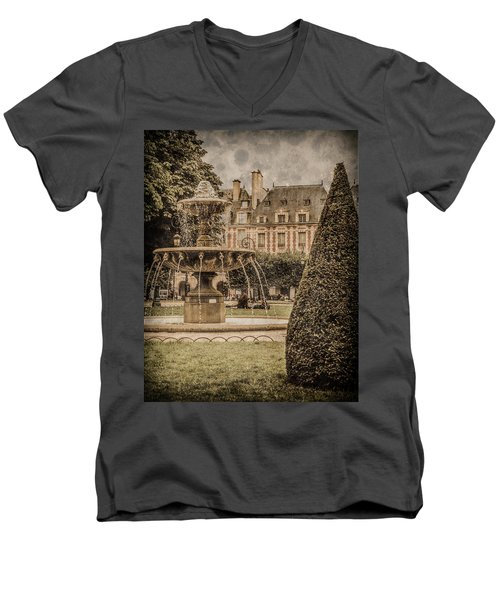 Paris, France - Fountain, Place Des Vosges Men's V-Neck T-Shirt