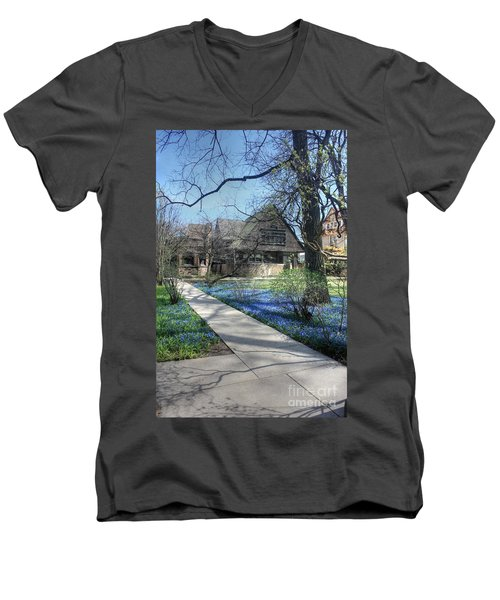 Frank Lloyd Wright Studio Men's V-Neck T-Shirt