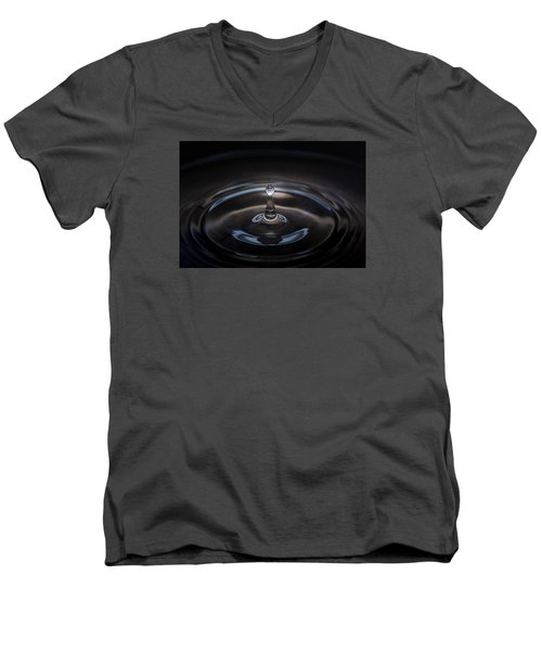 Freeze The Moment Men's V-Neck T-Shirt