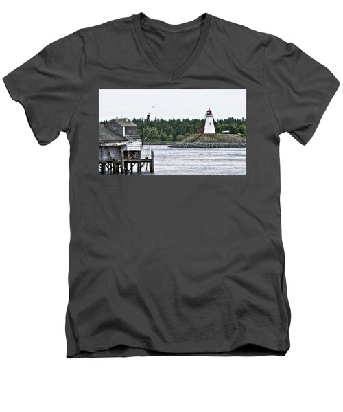Friar's Head Lighthouse Men's V-Neck T-Shirt