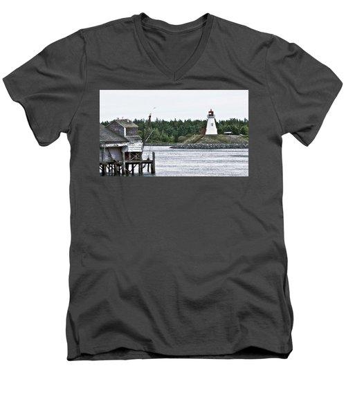 Friar's Head Lighthouse Men's V-Neck T-Shirt