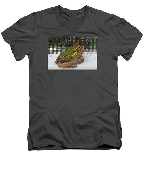 Froggy Love Men's V-Neck T-Shirt by Melinda Saminski