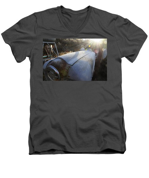 Frosty Tractor Men's V-Neck T-Shirt