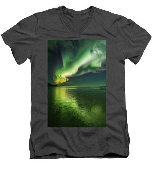 Frozen Reflection Men's V-Neck T-Shirt
