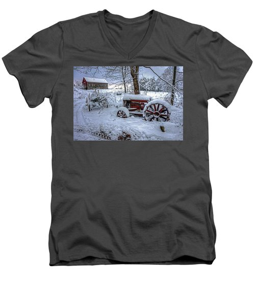 Frozen Relics Men's V-Neck T-Shirt