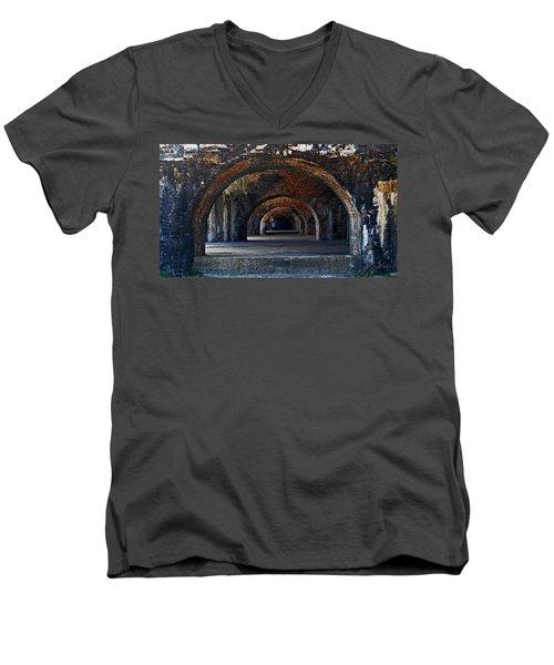 Ft. Pickens Arches Men's V-Neck T-Shirt
