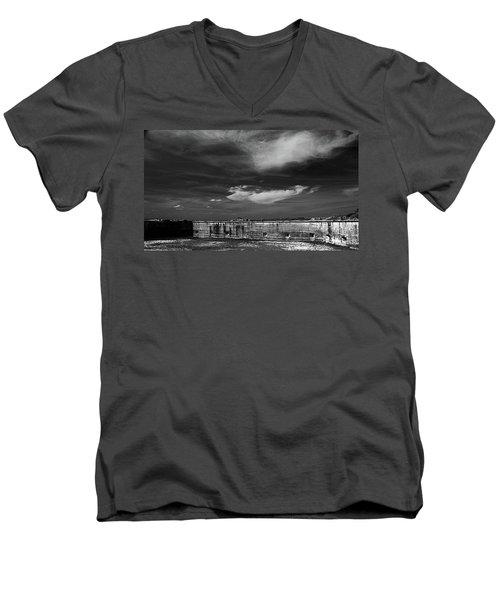 Ft. Pickens Sky Men's V-Neck T-Shirt