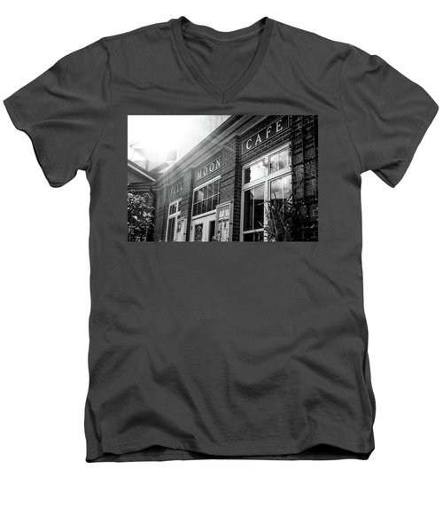 Men's V-Neck T-Shirt featuring the photograph Full Moon Cafe by David Sutton