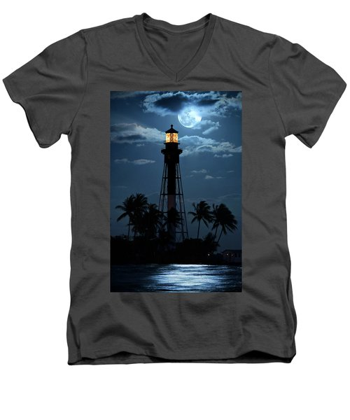 Full Moon Rising Over Hillsboro Lighthouse In Pompano Beach Florida Men's V-Neck T-Shirt