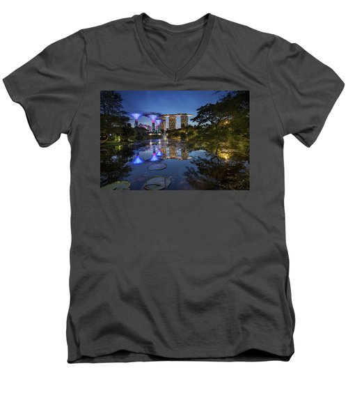 Garden By The Bay, Singapore Men's V-Neck T-Shirt