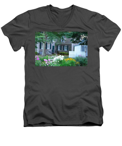 Gardens At The Burton-ingram House - Lewes Delaware Men's V-Neck T-Shirt