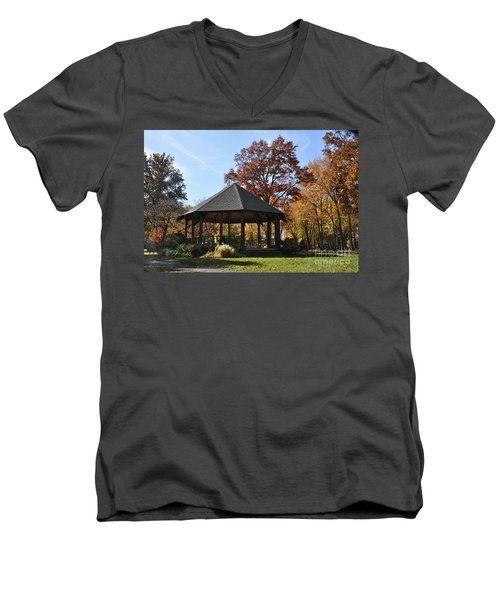 Gazebo At North Ridgeville - Autumn Men's V-Neck T-Shirt