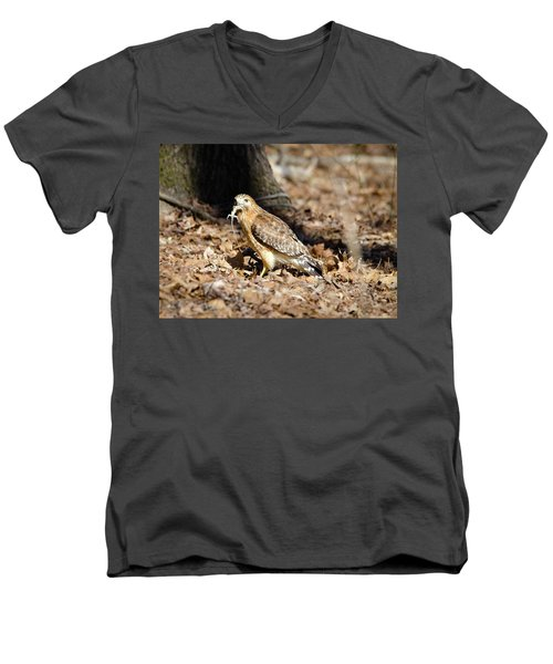 Men's V-Neck T-Shirt featuring the photograph Gecko For Lunch by George Randy Bass