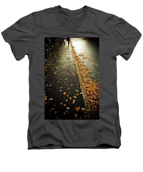 Geneva Men's V-Neck T-Shirt