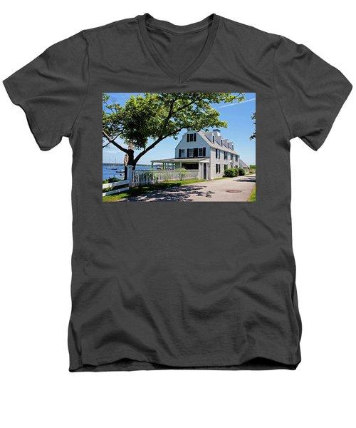George Walton House In Newcastle Men's V-Neck T-Shirt
