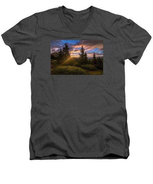 Georgia Pass Sun Rays Men's V-Neck T-Shirt