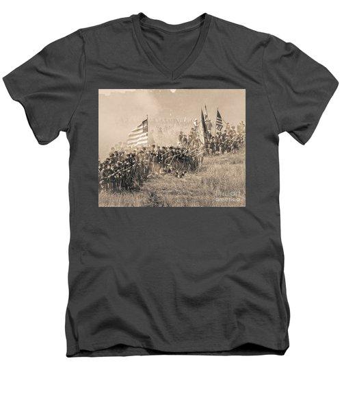 Gettysburg Union Infantry 8948s Men's V-Neck T-Shirt