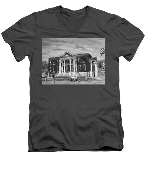 Gilmer County Old Courthouse - Black And White Men's V-Neck T-Shirt