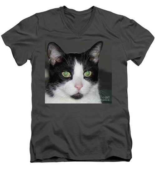 Men's V-Neck T-Shirt featuring the photograph Gizmo by Bill Woodstock