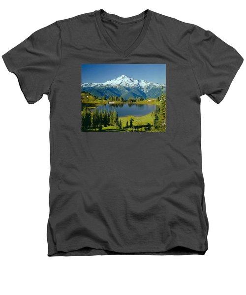 1m4422-glacier Peak, Wa  Men's V-Neck T-Shirt