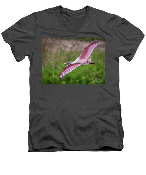 Gliding Spoonbill Men's V-Neck T-Shirt
